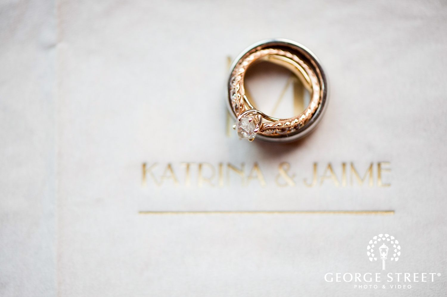 intricate and unique wedding ring photos