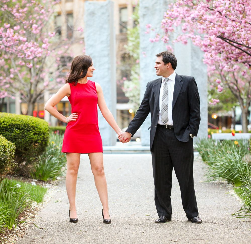 View Pittsburgh engagement locations and photoshoot ideas.