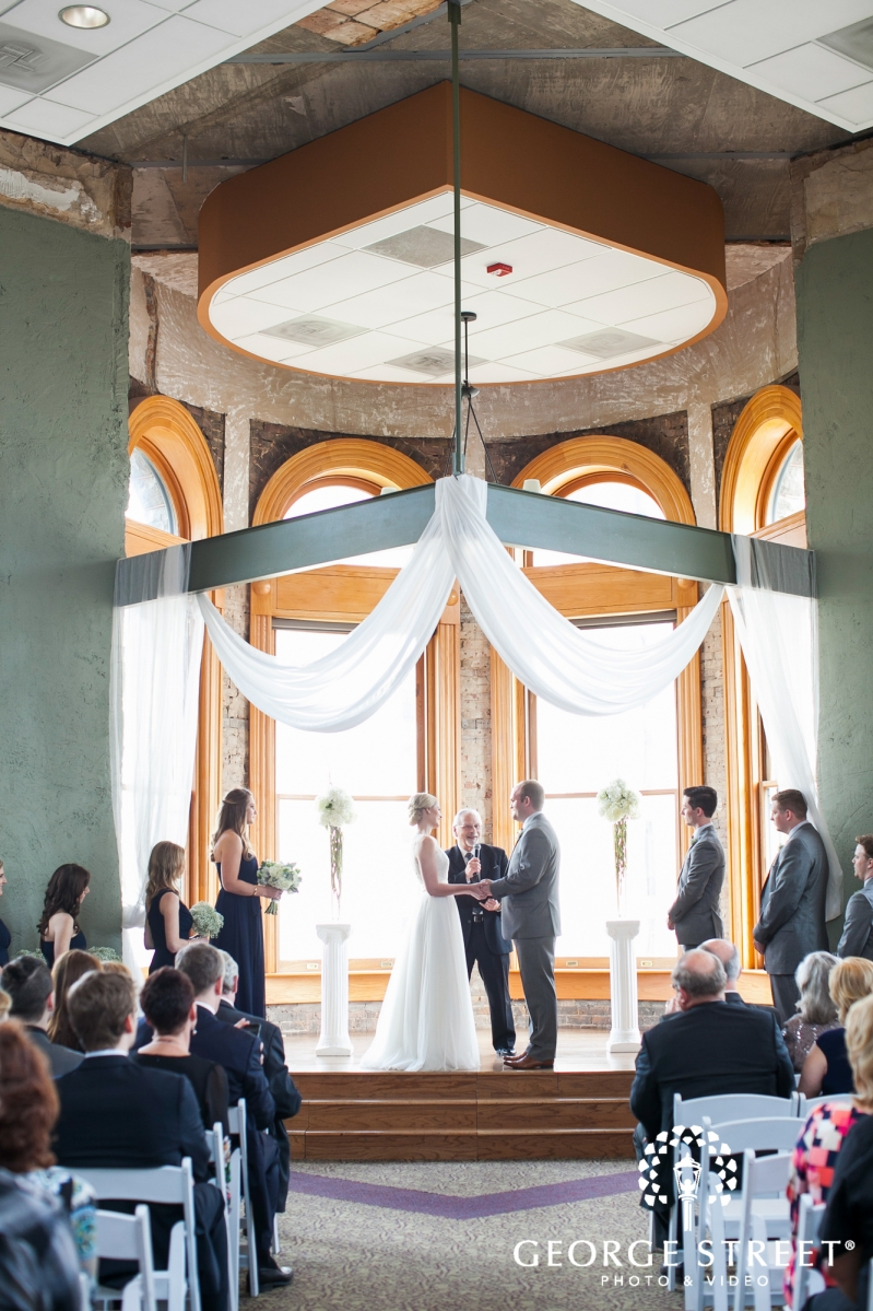 Old Red Museum Of Dallas Wedding Photographer George Street Photo