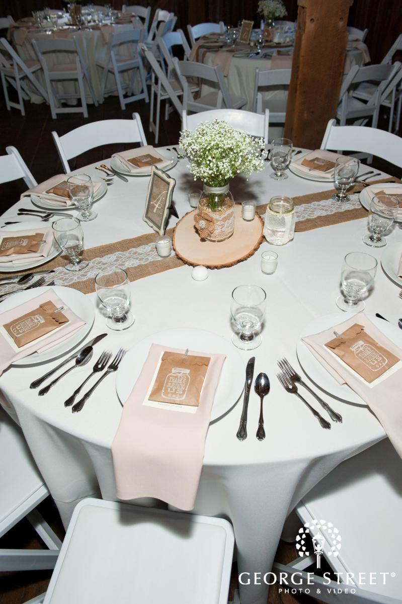 burlap table setting ideas Mustard Seed Wedding