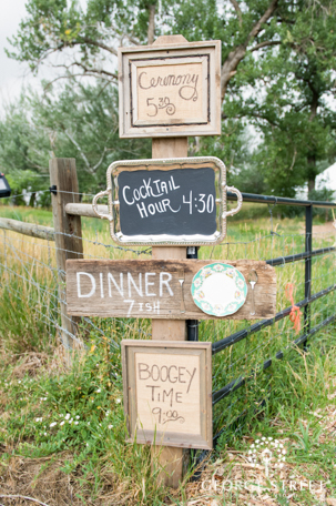 Rustic Country Chic Wedding Trend DIY Sign Vintage Ceremony