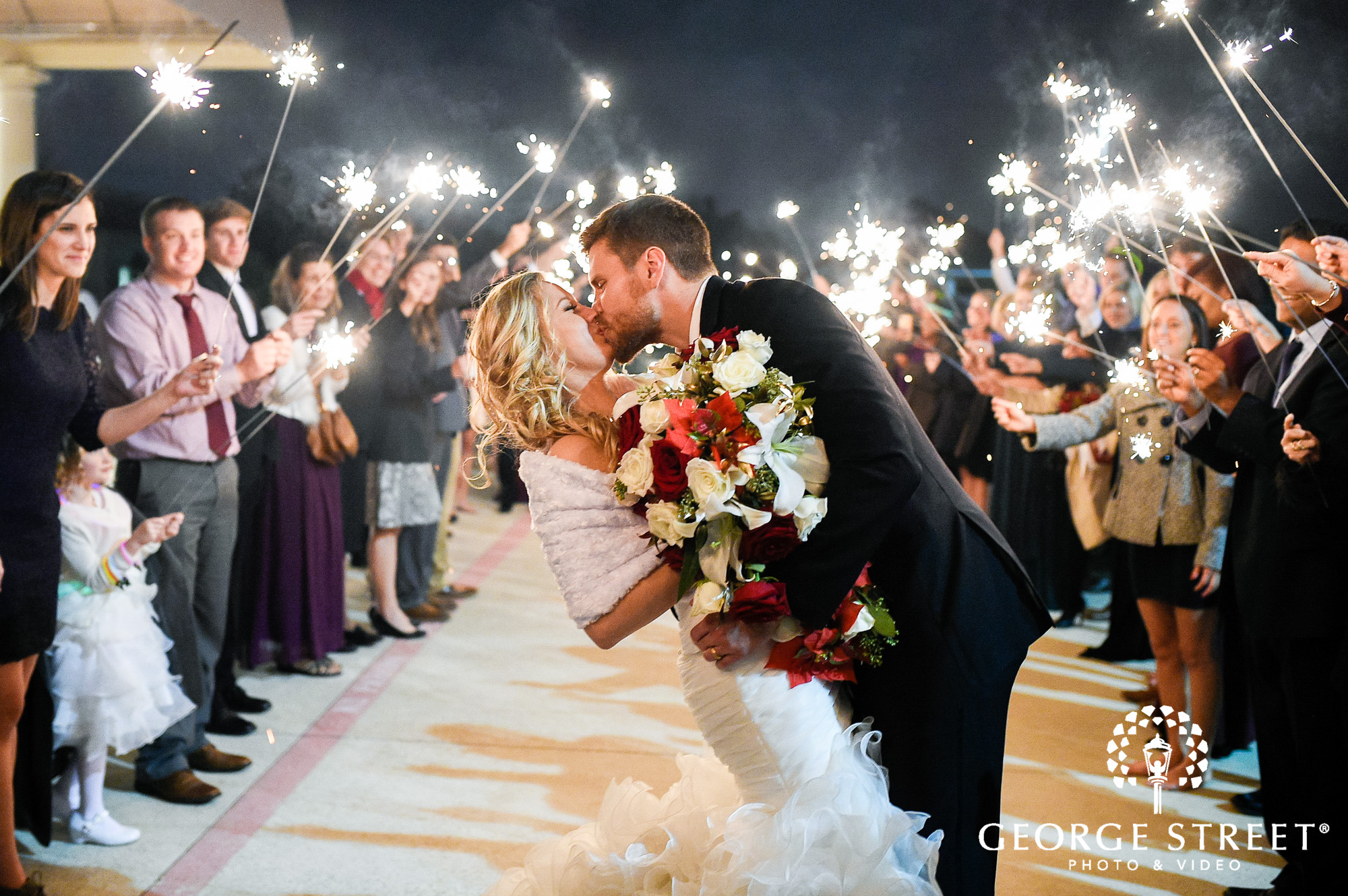 Dream And Search For Grand Exit Ideas A Memorable Au Revoir Bubbles Sparklers Ribbon Wands Or Vintage Car Are Just Some An Epic