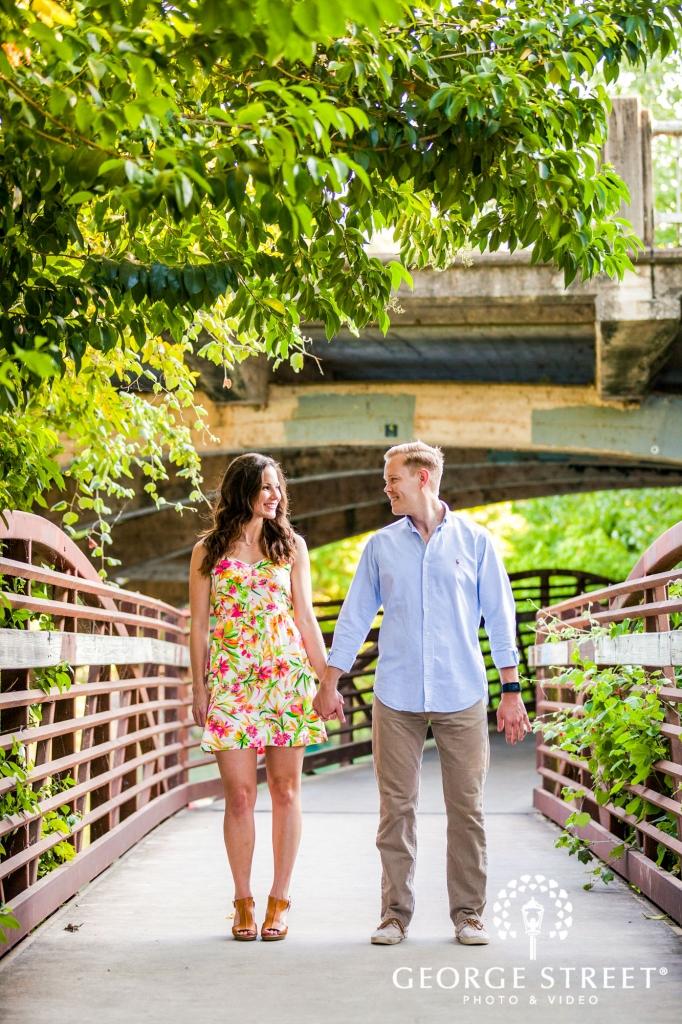 zilker metropolitan park cute bridge portrait austin engagement photos 682 1024