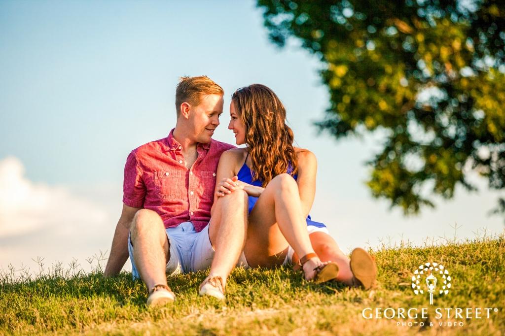 zilker metropolitan park cute shorts austin engagement photos 1024 682
