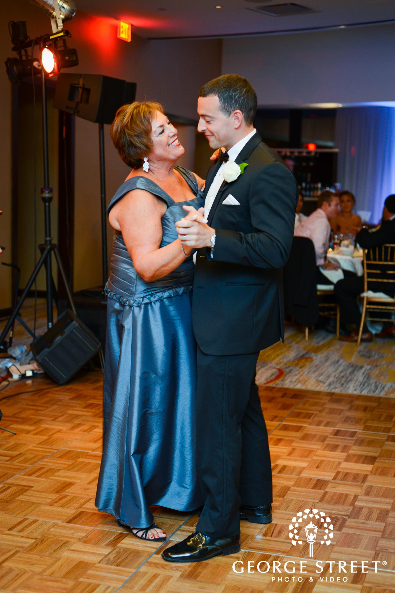 groom mother son wedding dance 2