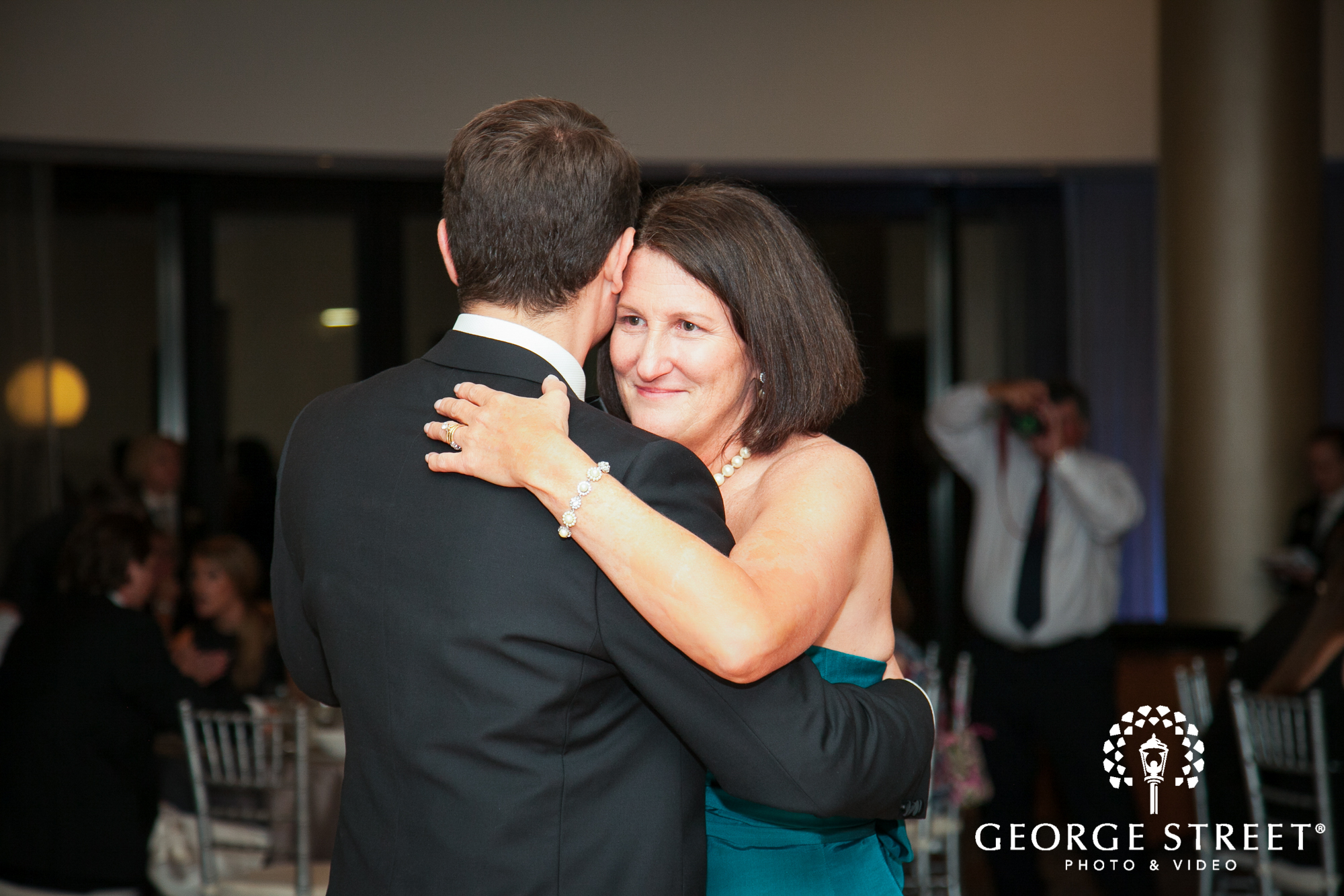 groom mother son wedding dance