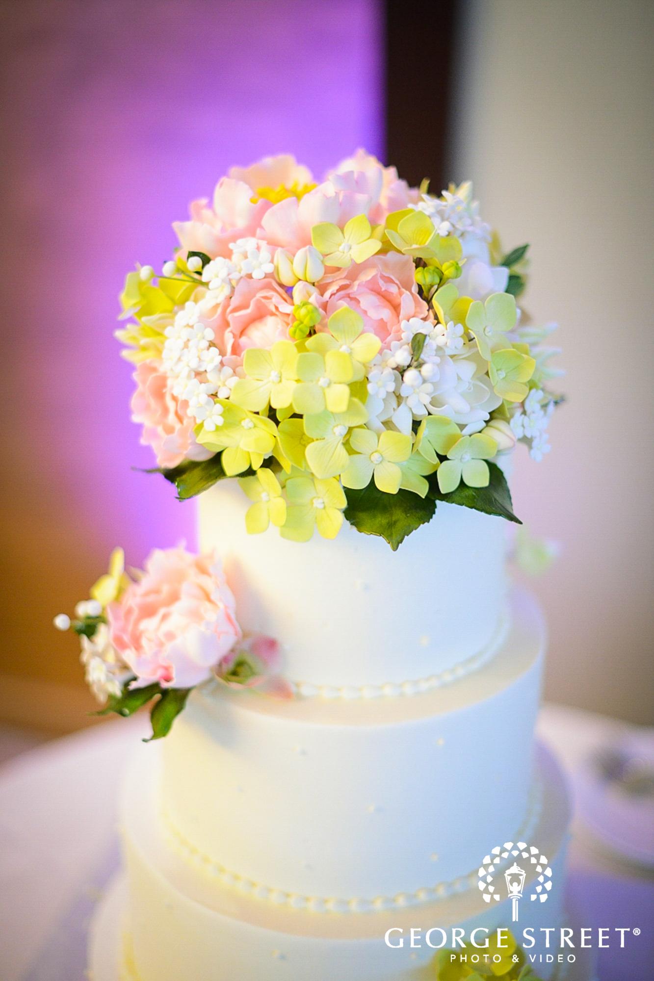 tiered wedding cake 3