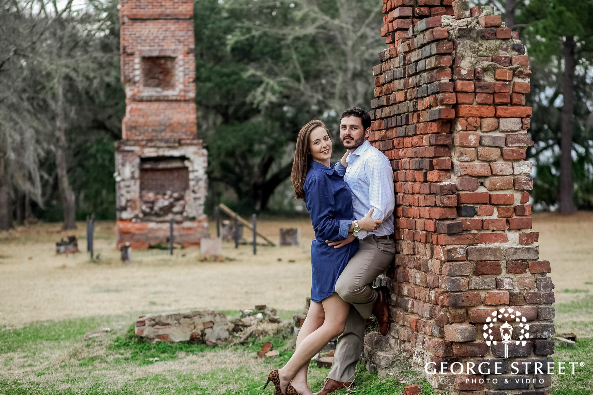 runnymede plantation adorable brickwall charleston engagement photography 2