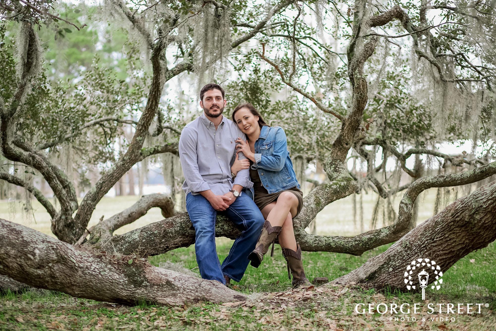 runnymede plantation joyful log charleston engagement photography