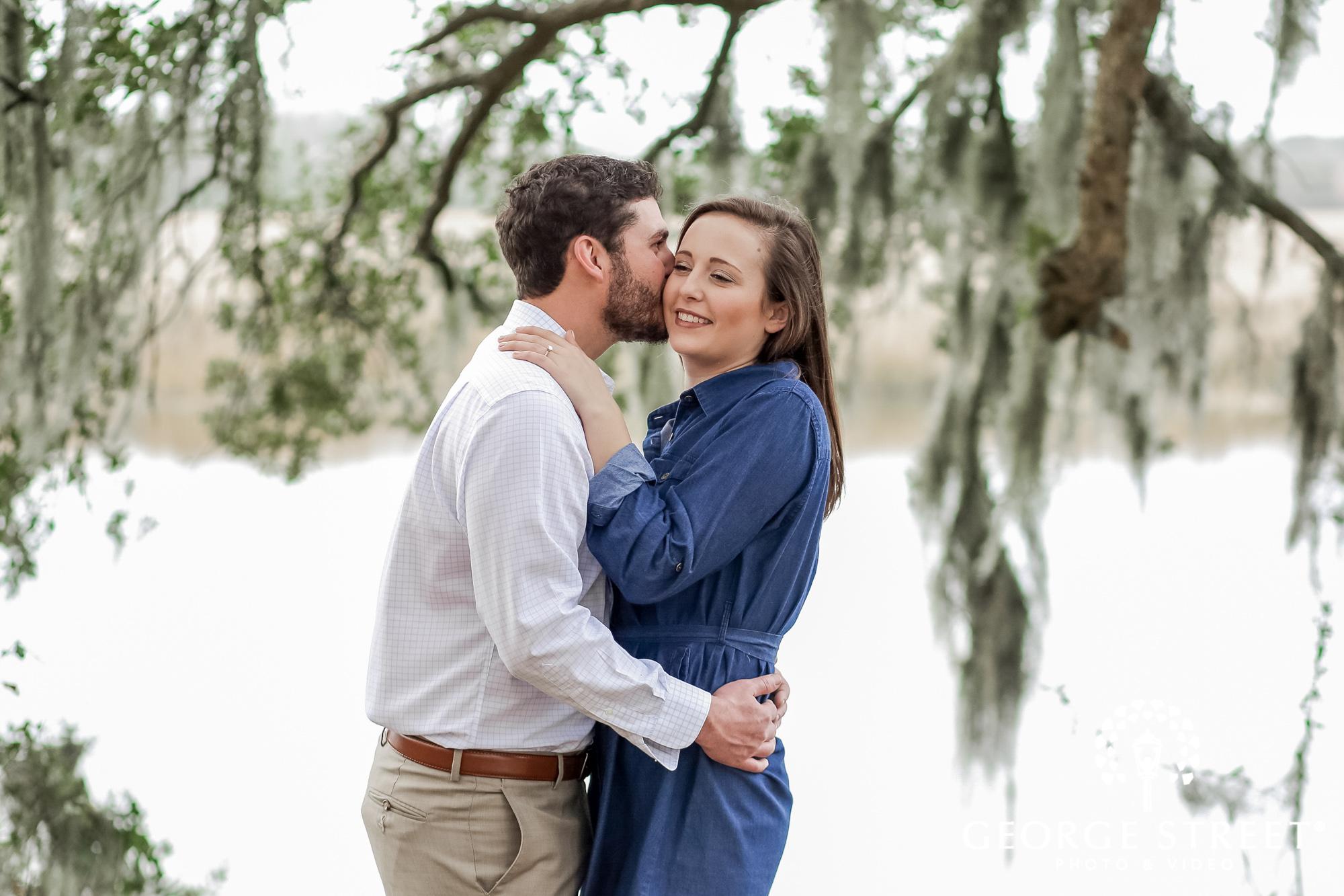 runnymede plantation romantic trees charleston engagement photography 2