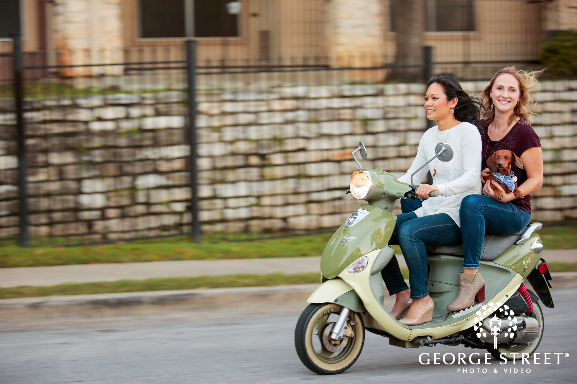 engagement photo session with vespa 5