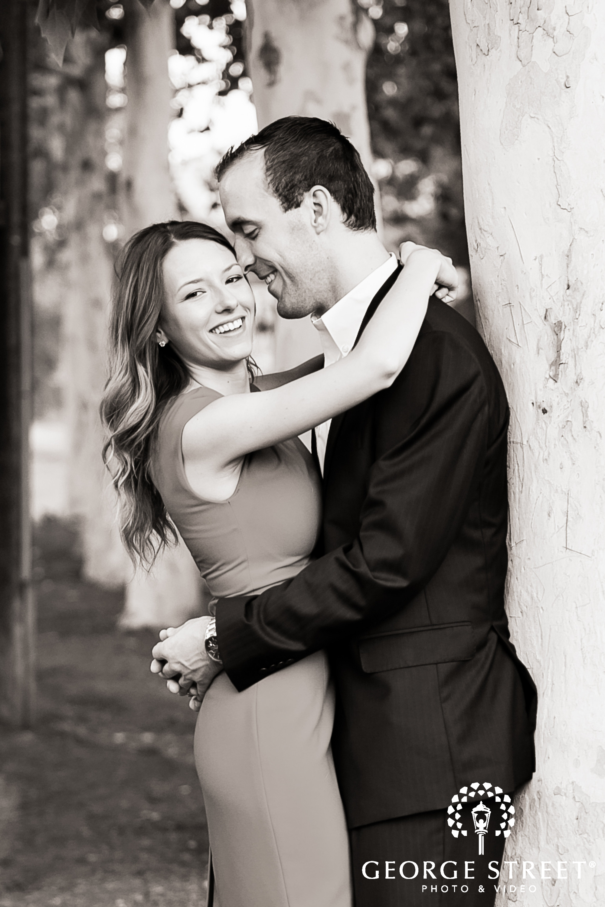 black and white engagement session ideas