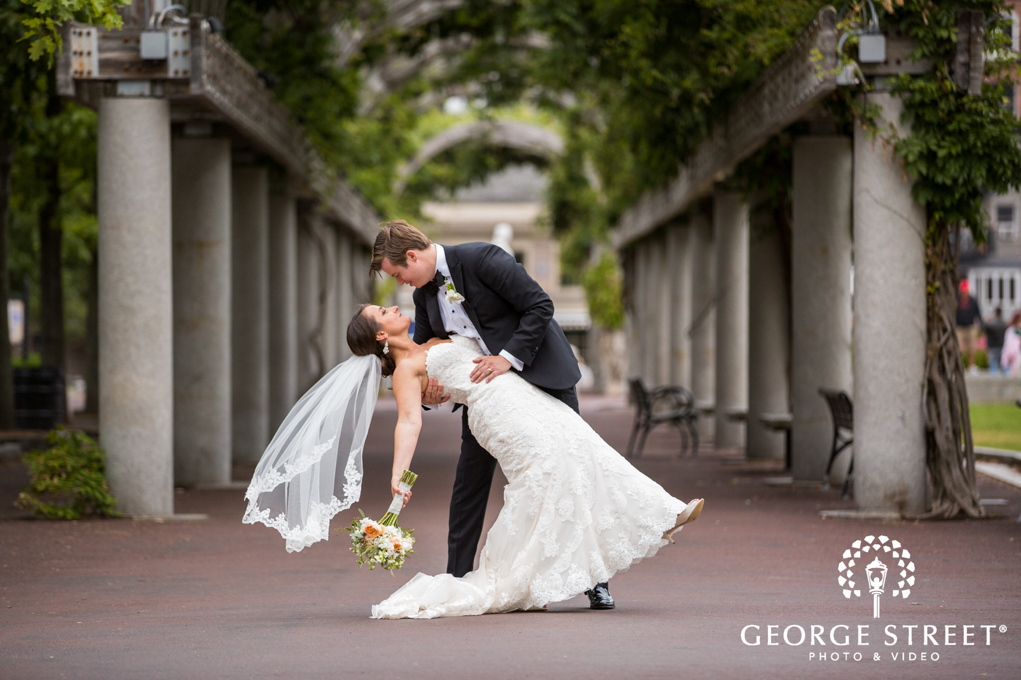 boston marriott long wharf beautiful outdoor wedding portraits downtown bride and groom 3