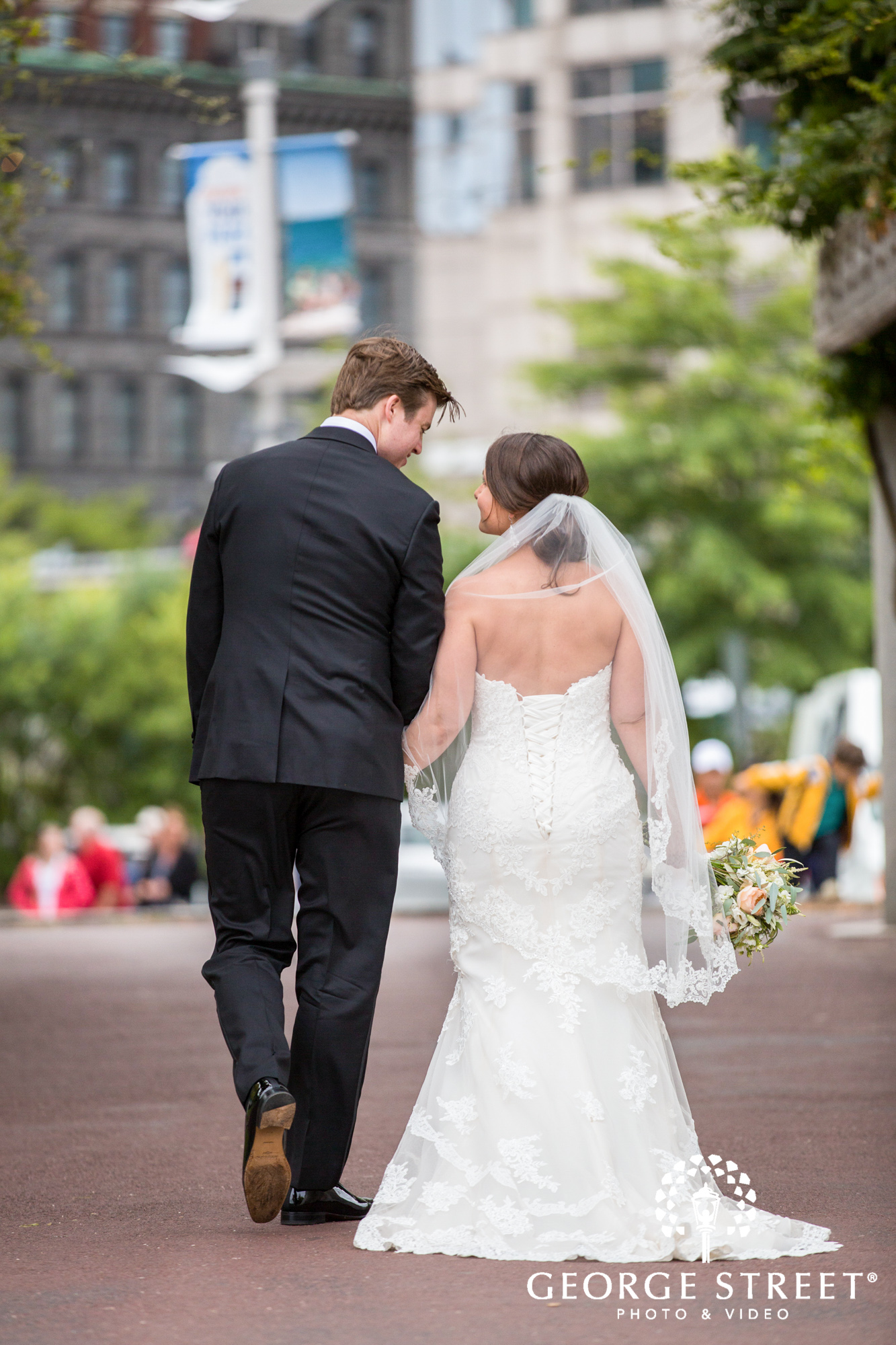 boston marriott long wharf beautiful outdoor wedding portraits downtown bride and groom 5