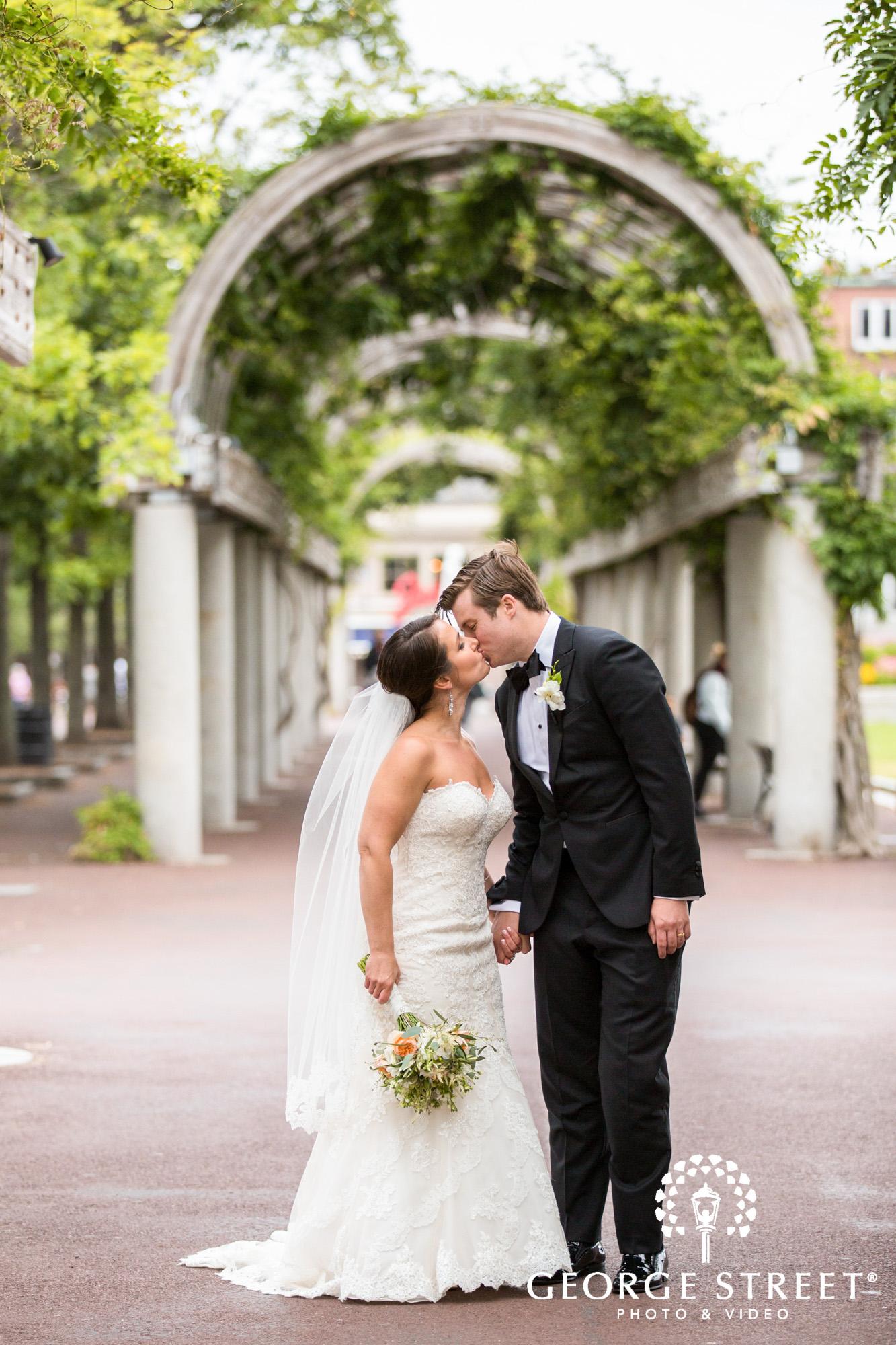 boston marriott long wharf beautiful outdoor wedding portraits downtown bride and groom 6