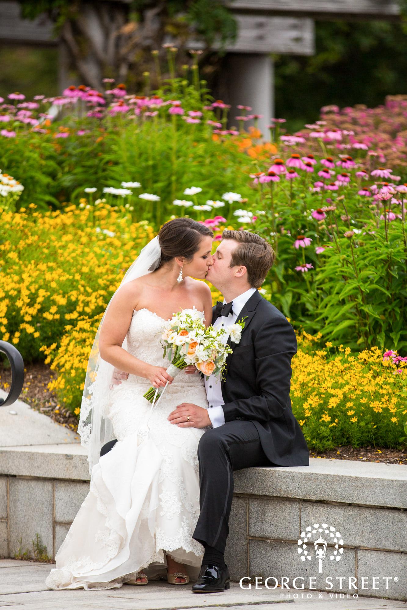 boston marriott long wharf beautiful outdoor wedding portraits downtown bride and groom
