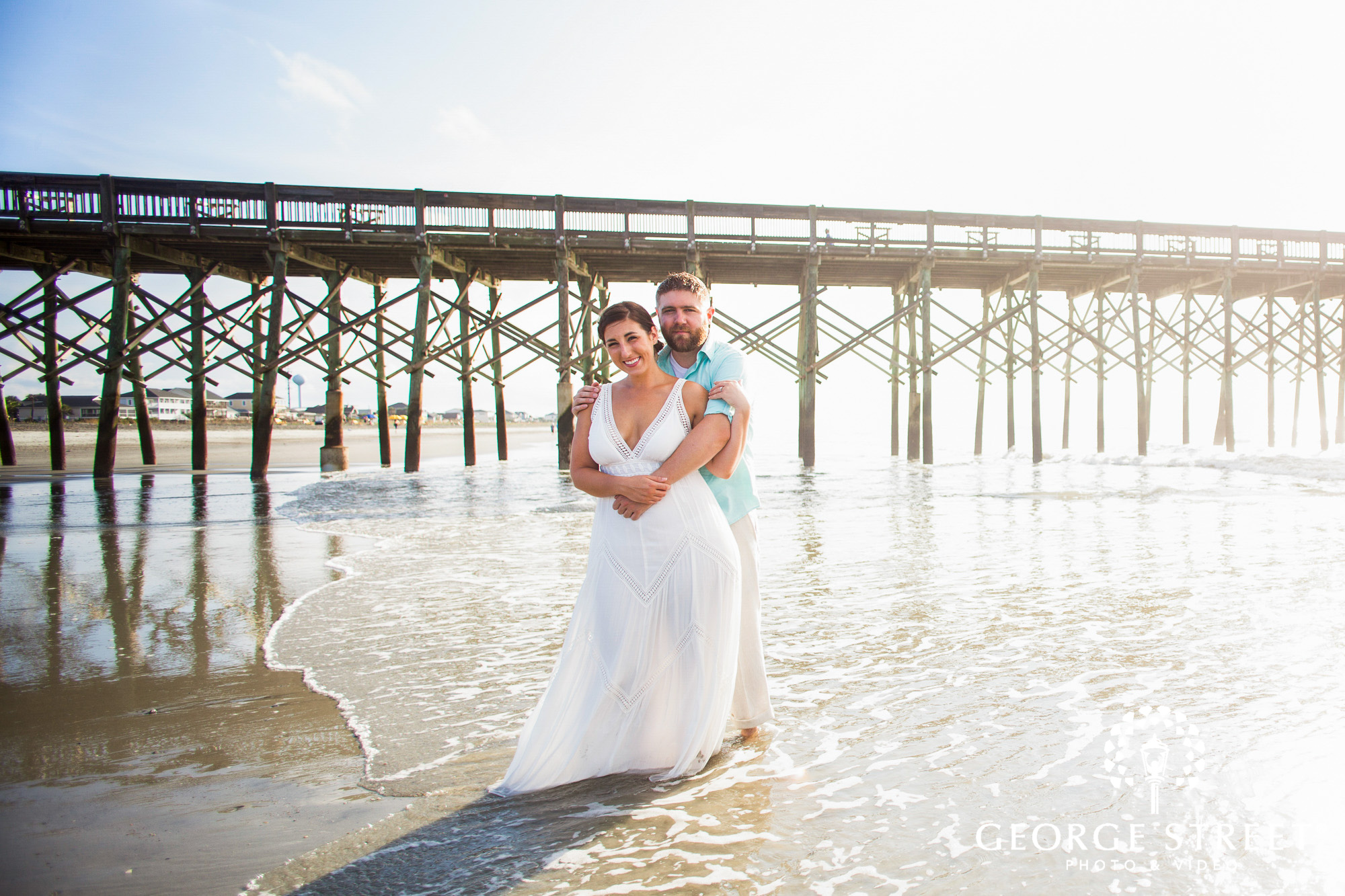beautiful engagement photos at folly beach pier charleston 2