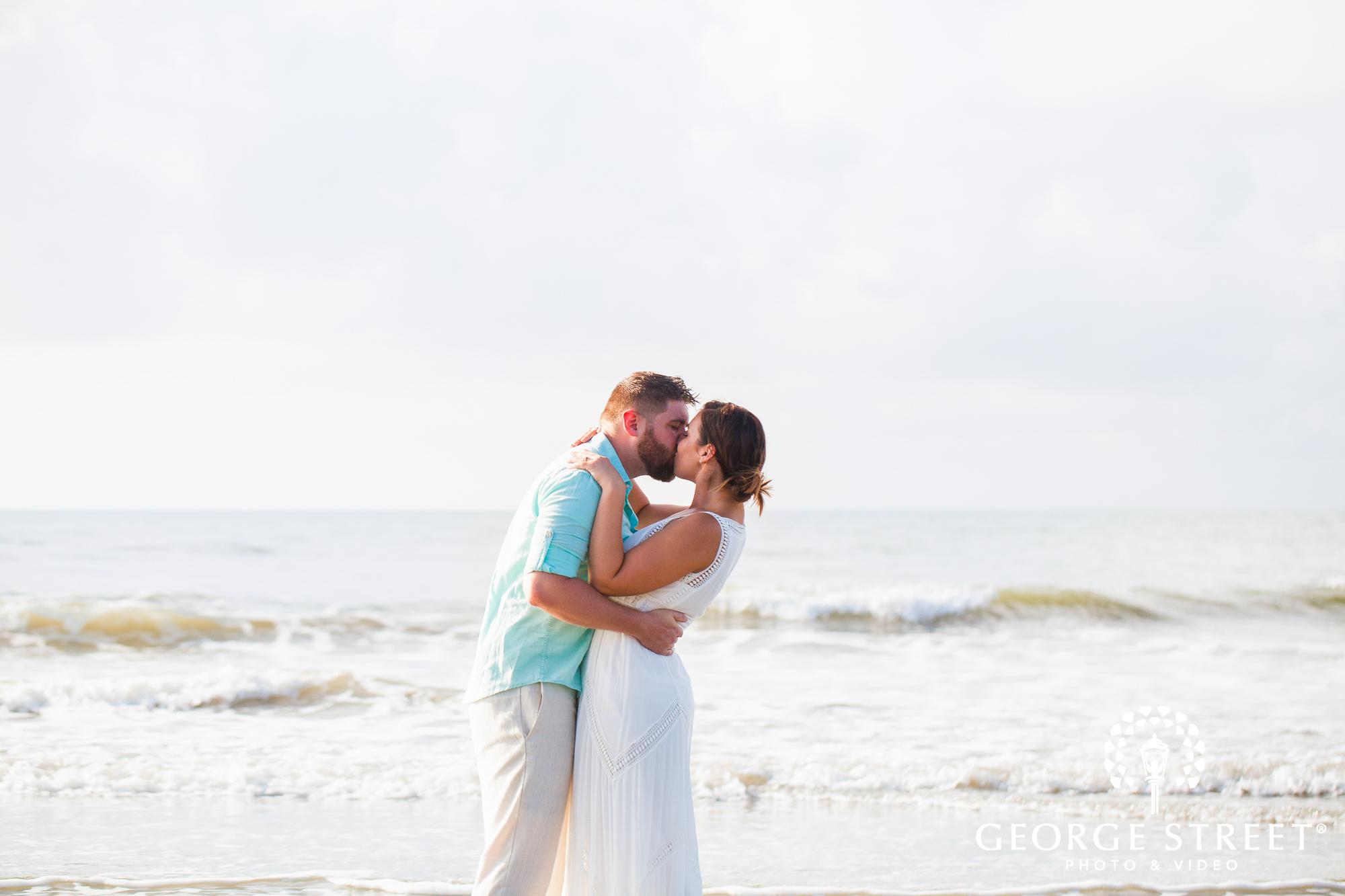 gorgeous charleston beach engagement photos at tides folly beach 4