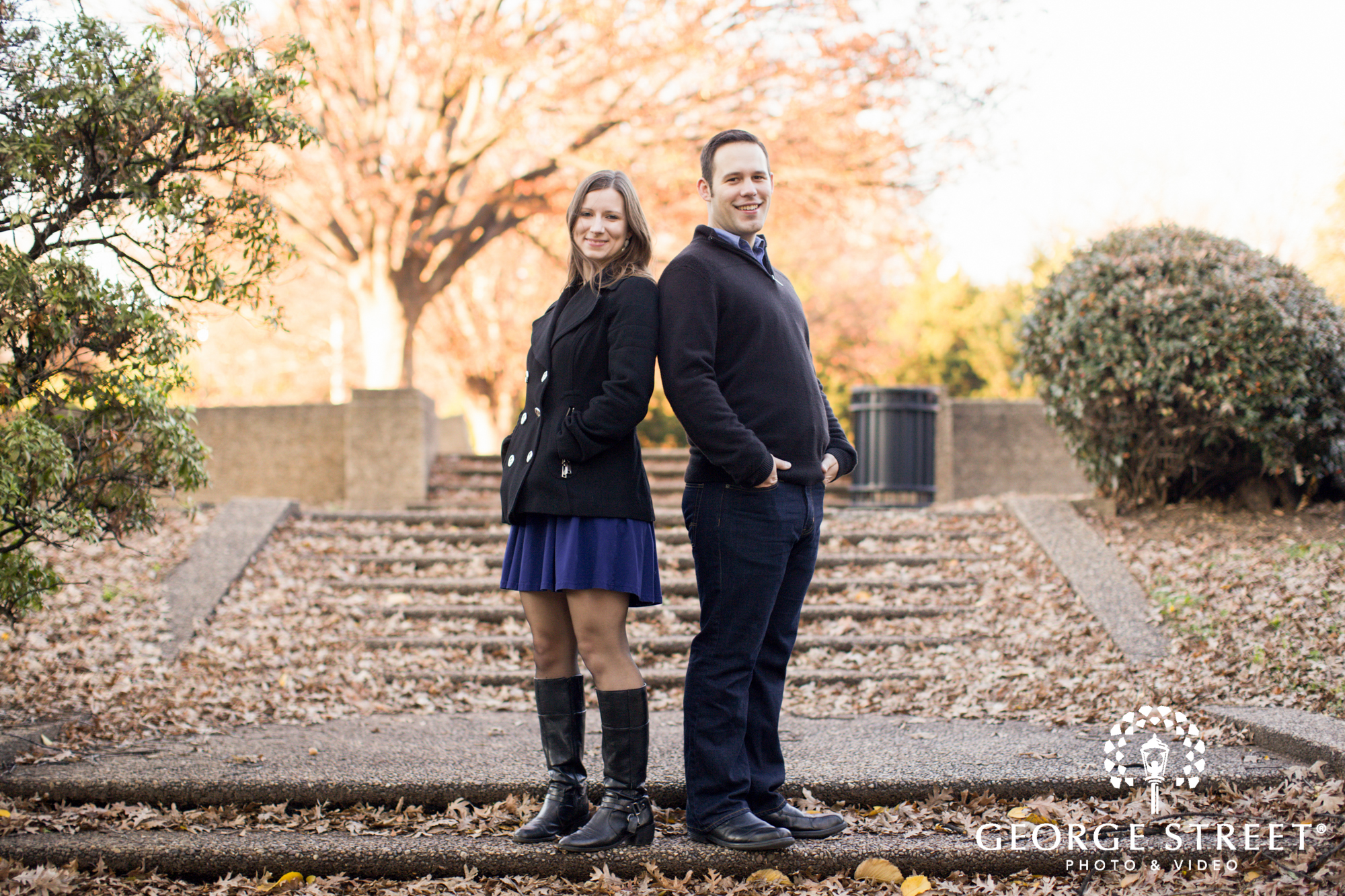 fall engagement session at meridian hill park