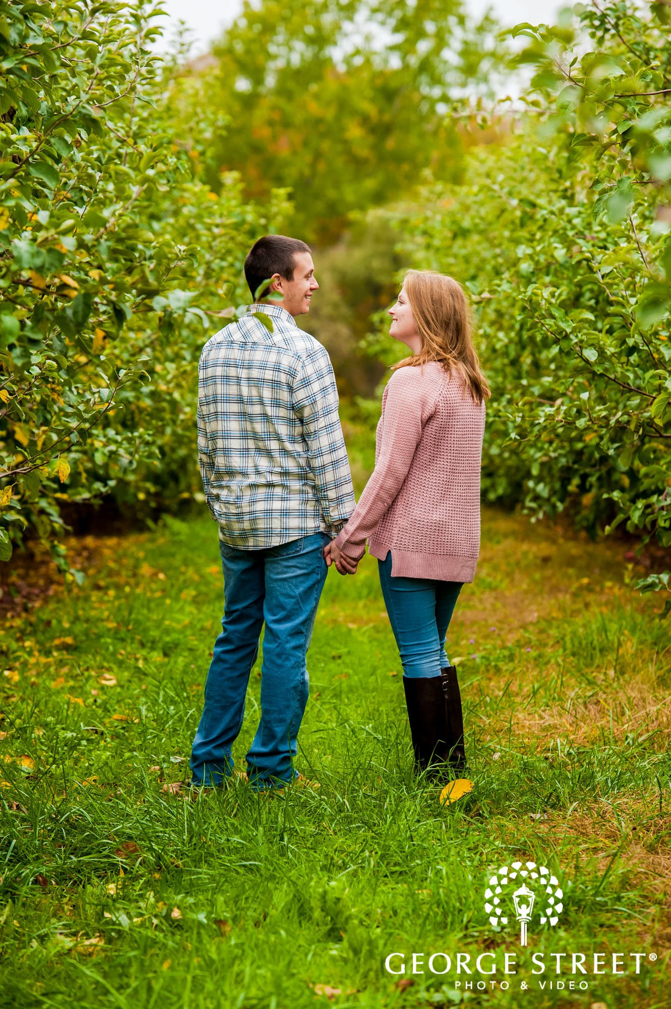 lyman orchards cute greenery sweater hartford engagement photography 5