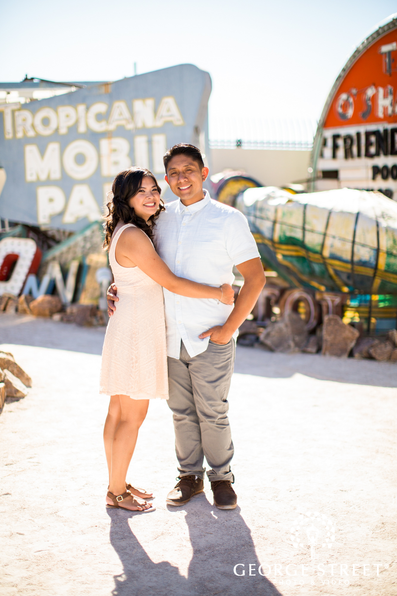 las vegas neon engagement photos 2