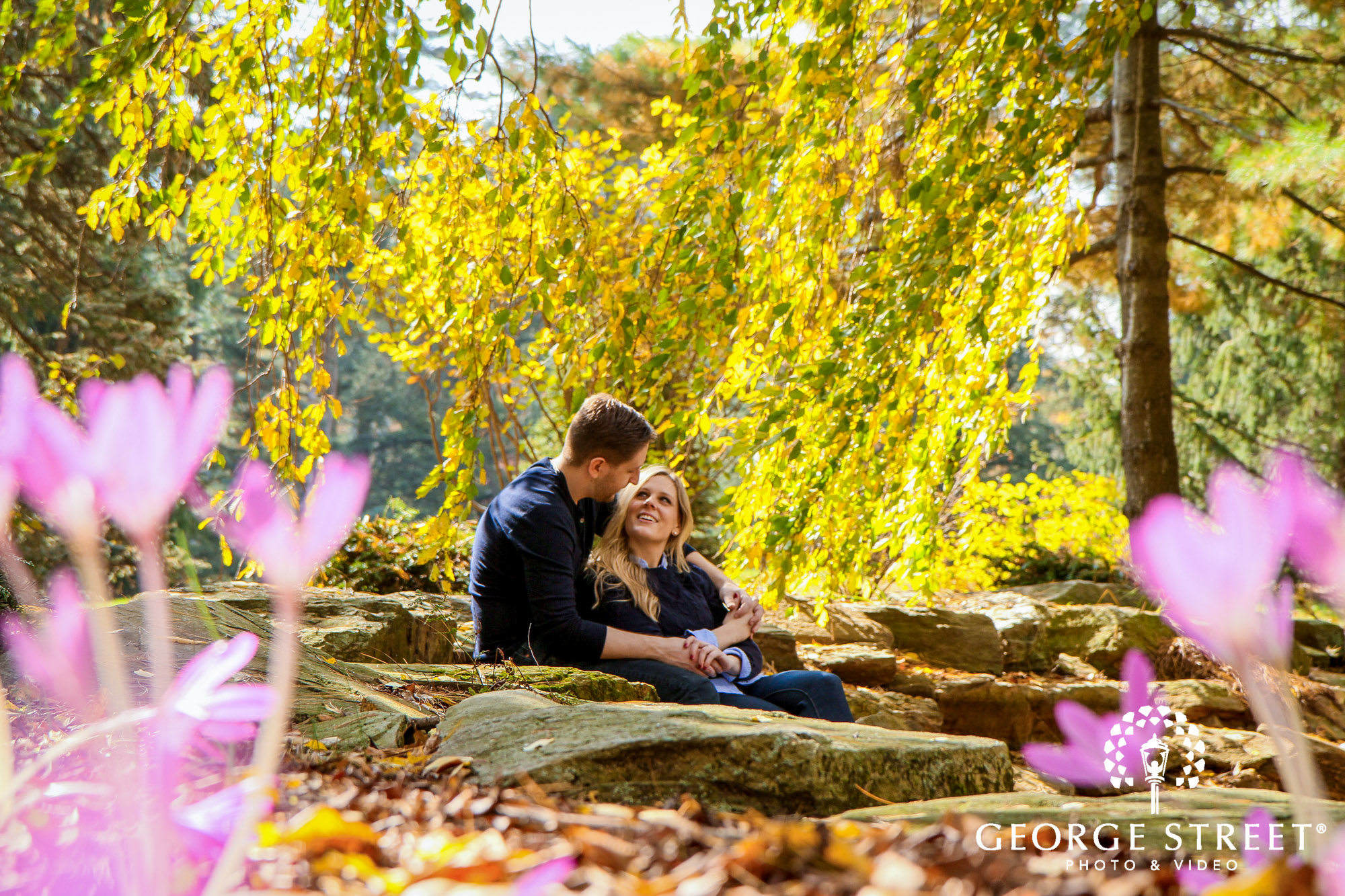 cheerful fall engagement portraits in philadelphia 7