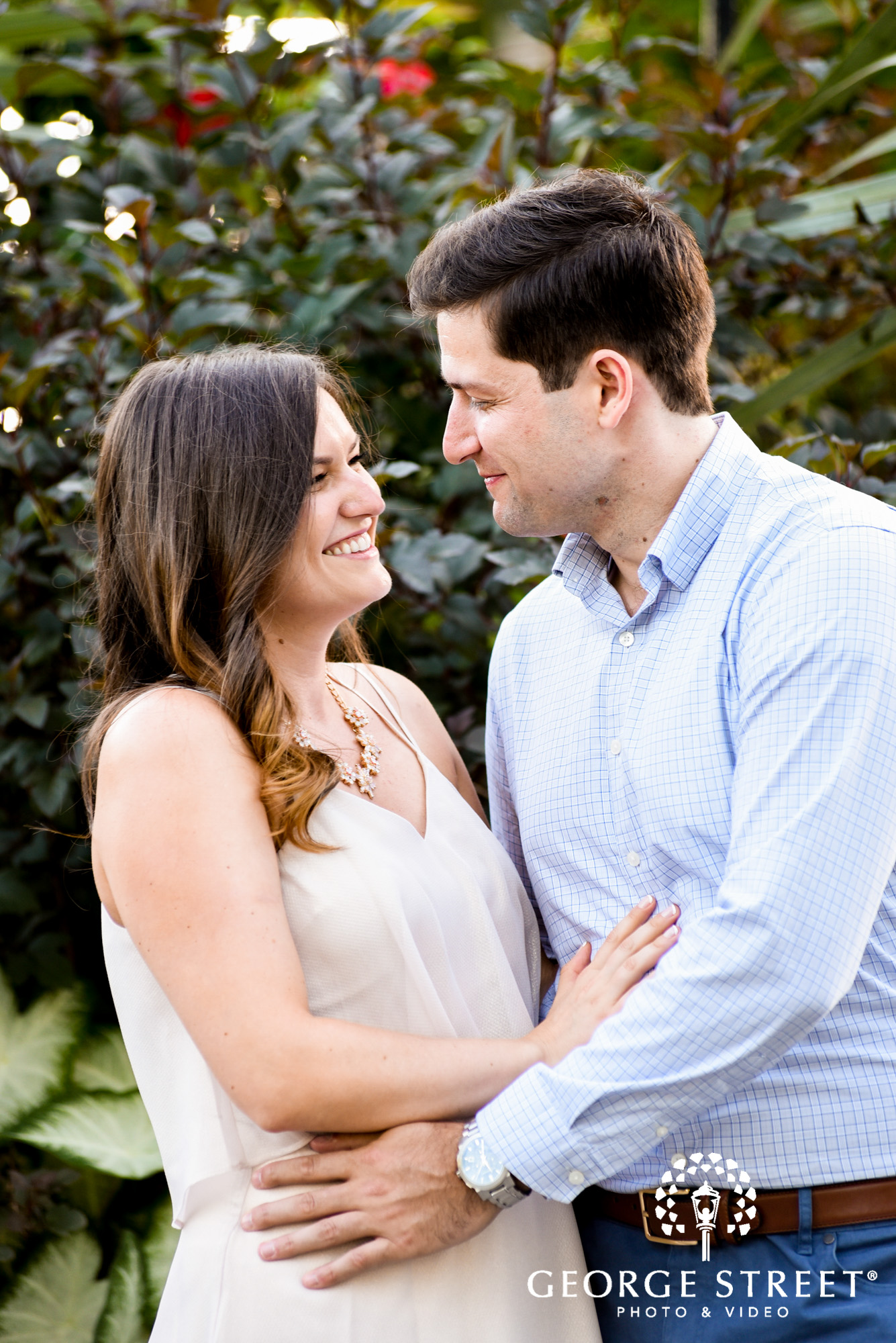 longwood gardens philadelphia summer outdoor engagement photography session candid