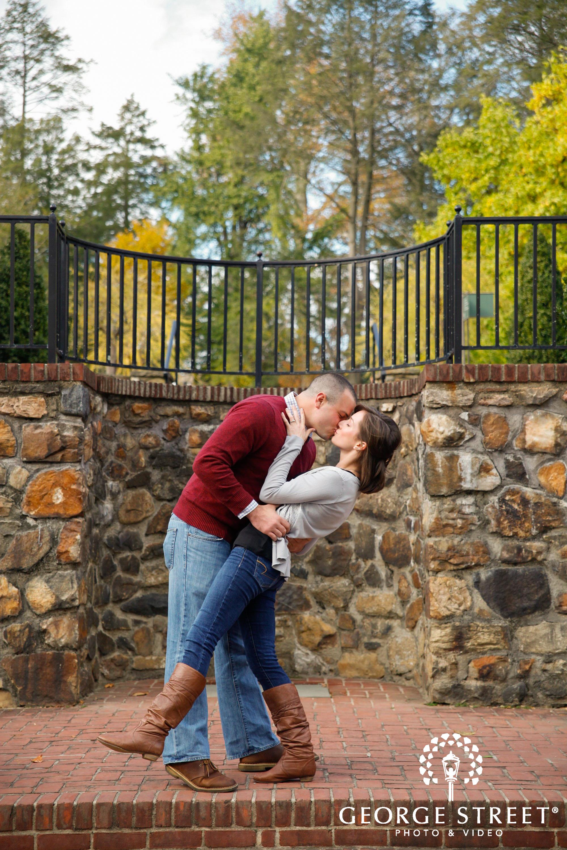 dip kissing at engagement session
