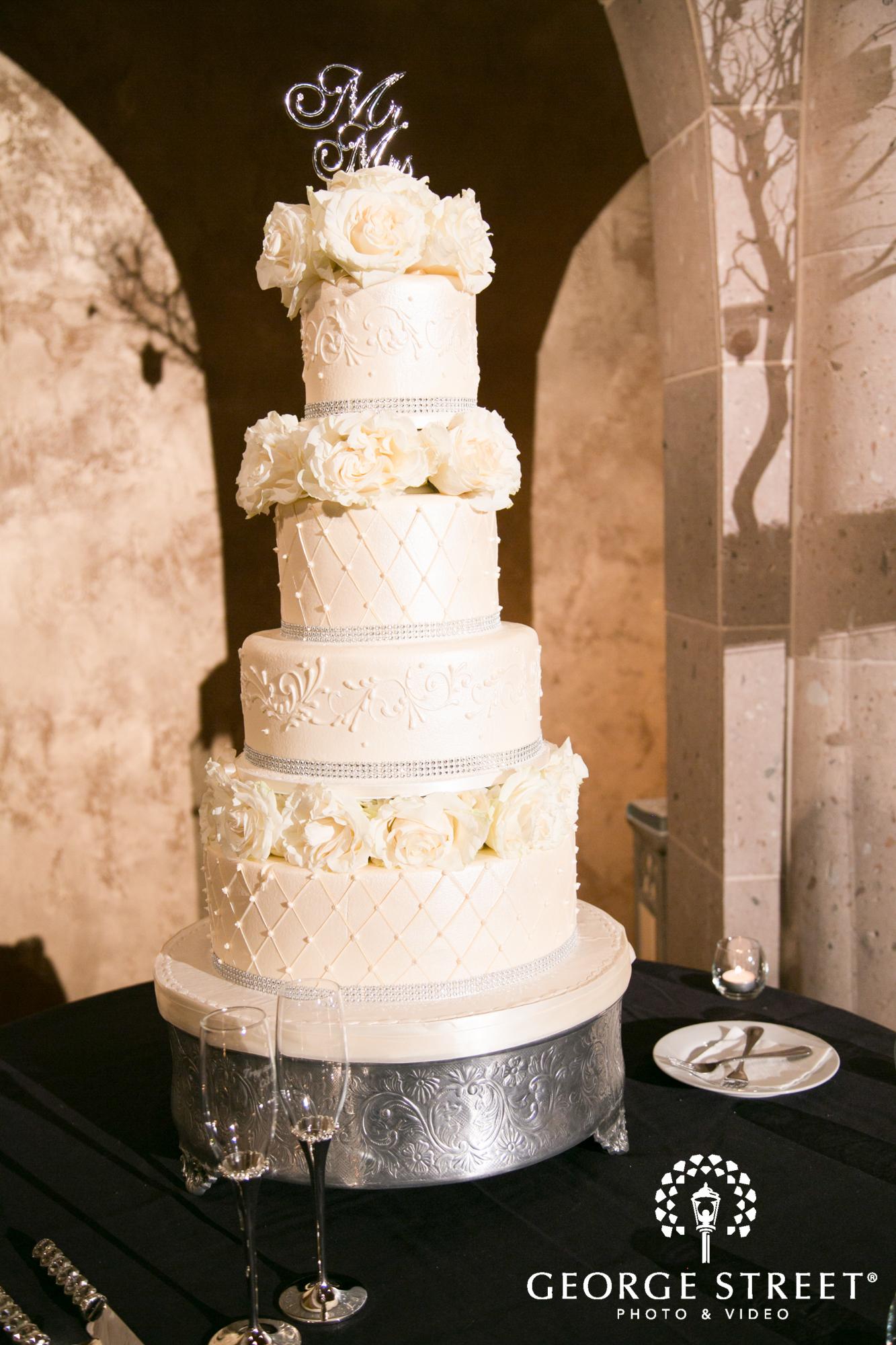four teir wedding cake
